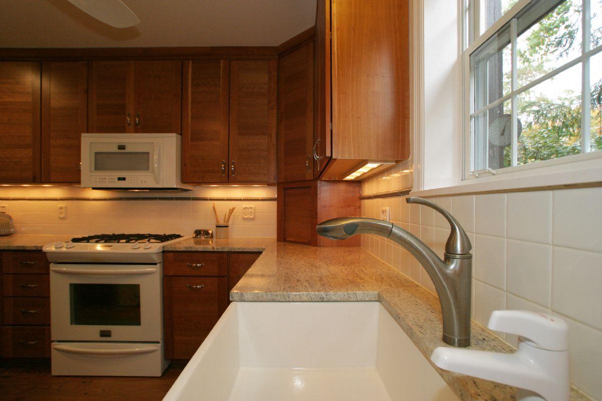 [110]Kitchen5.jpg